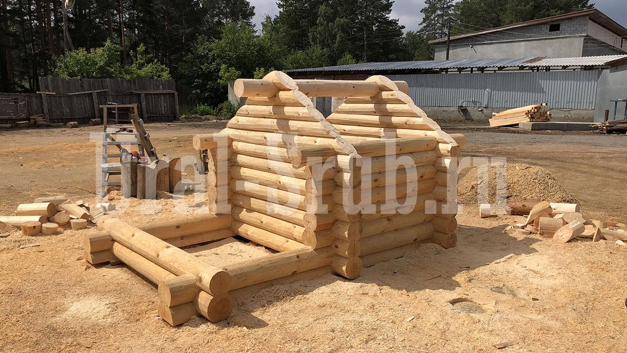 Рубленный набор Компромисс стол и две скамьи